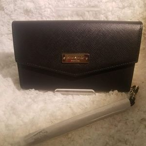 Kate Spade Saffiano Wristlet for phones up to 4.7""